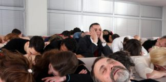 How to stop sleeping during lectures